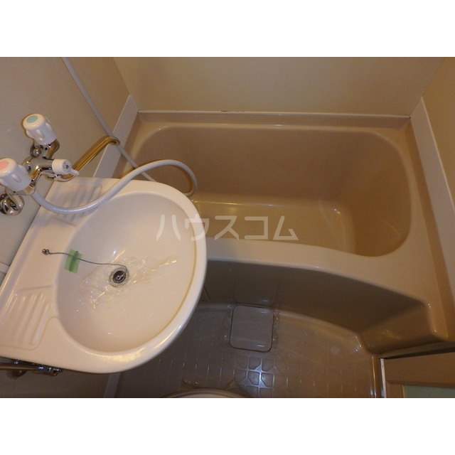 スペースぬるみず 102号室の風呂