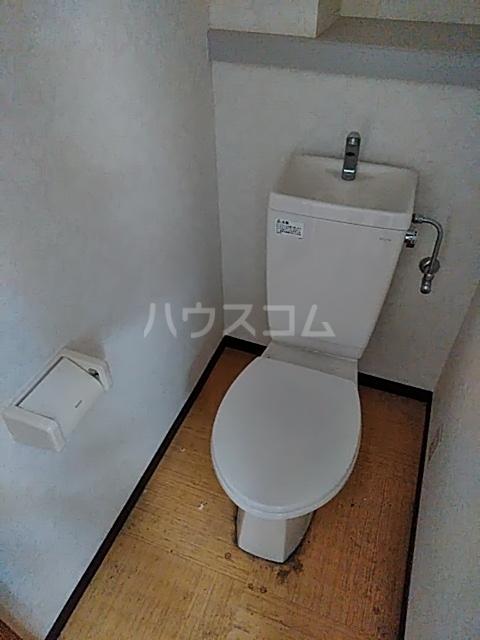 エルミタージュ 303号室の洗面所