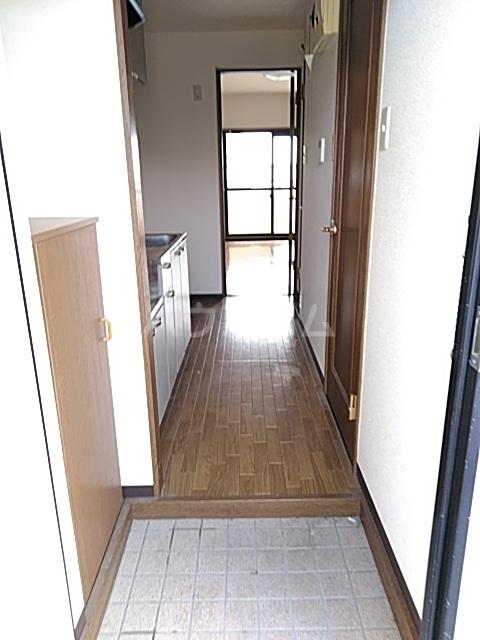 エルミタージュ 303号室のバルコニー
