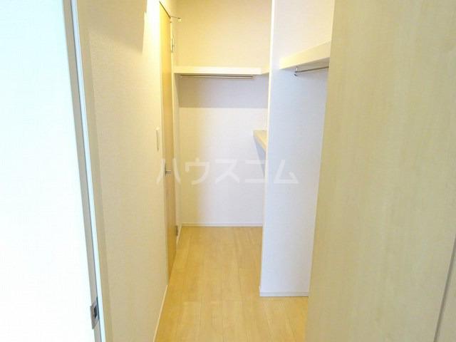 M・プラム Ⅱ 02020号室の収納