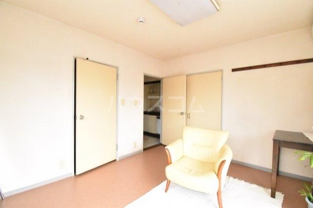 サンブライトマンション 301号室のベッドルーム