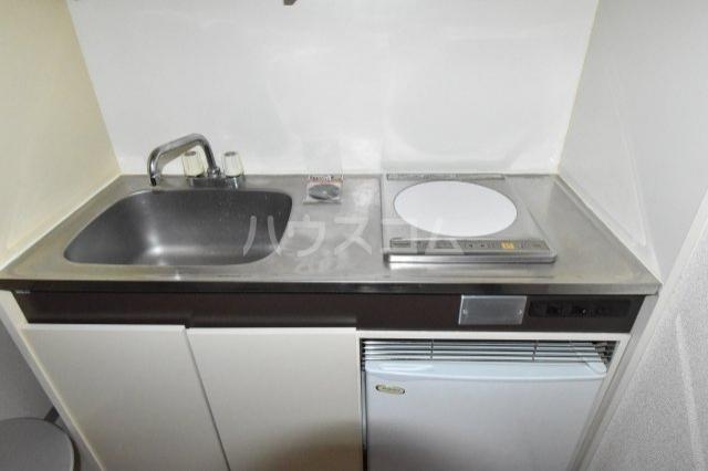 サンブライトマンション 301号室のキッチン
