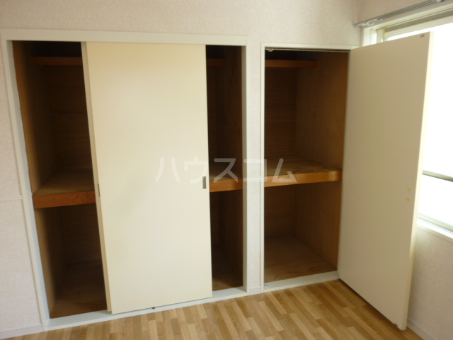 グランメールヤハギ 203号室の収納