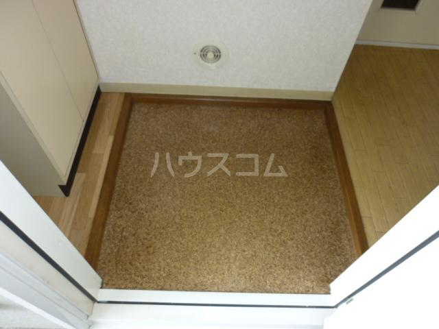 グランメールヤハギ 203号室のエントランス