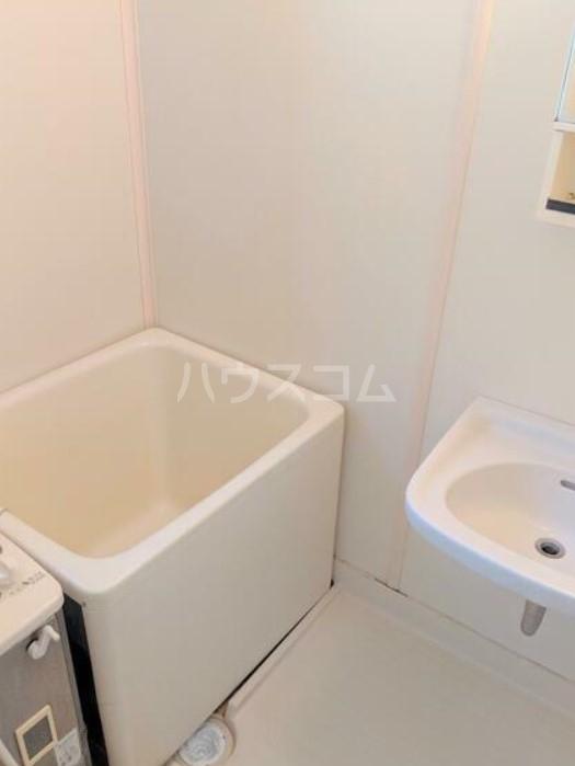 アメニティ・スウィート 202号室の風呂