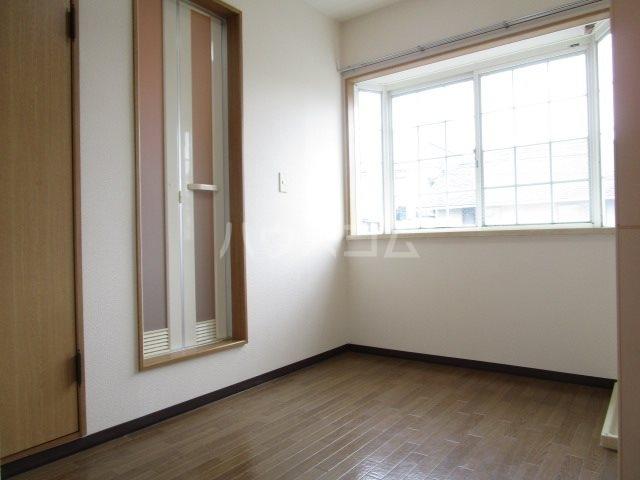 サンフォーレⅡ 205号室のリビング