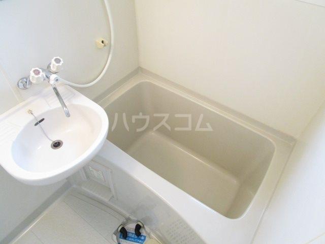 サンフォーレⅡ 205号室の風呂