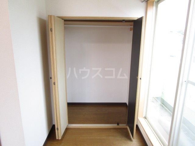 サンフォーレⅡ 205号室の収納