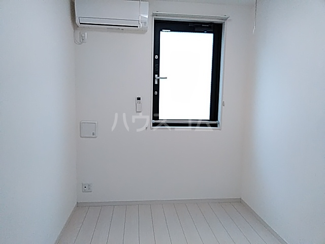 リブリ・西大井 205号室のリビング