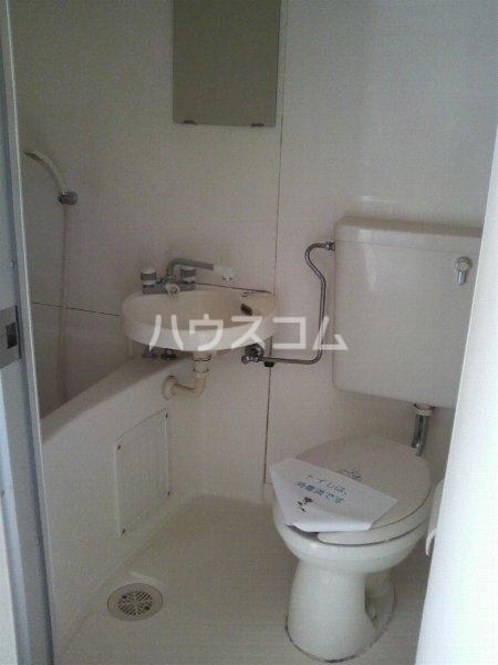 トレンディハイツ 102号室のトイレ