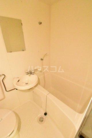 トレンディハイツ 105号室の風呂