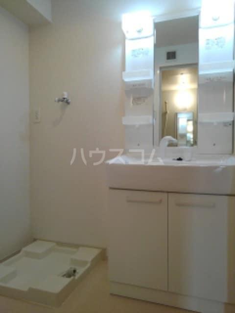 クルミ 02030号室の洗面所