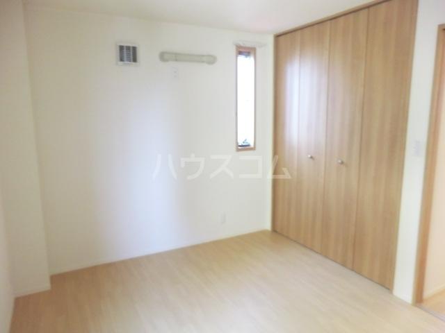クリークフラワーガーデン片瀬江ノ島 301号室のベッドルーム