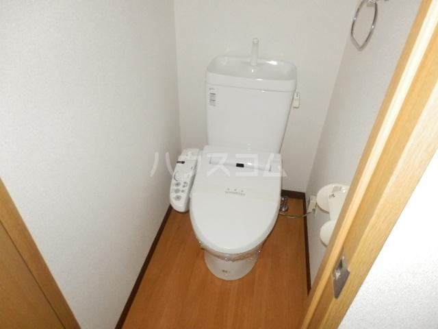 プランドール・K 102号室のトイレ