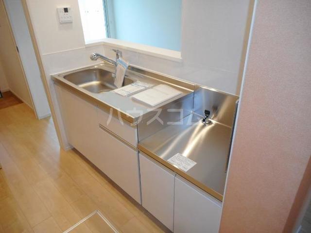 アルモニー印西Ⅰ 01030号室のキッチン