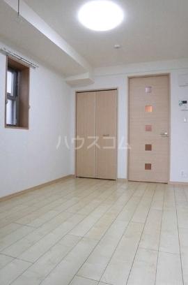エム 02010号室の居室