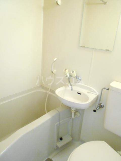 コーポエトランゼⅡ 207号室の風呂