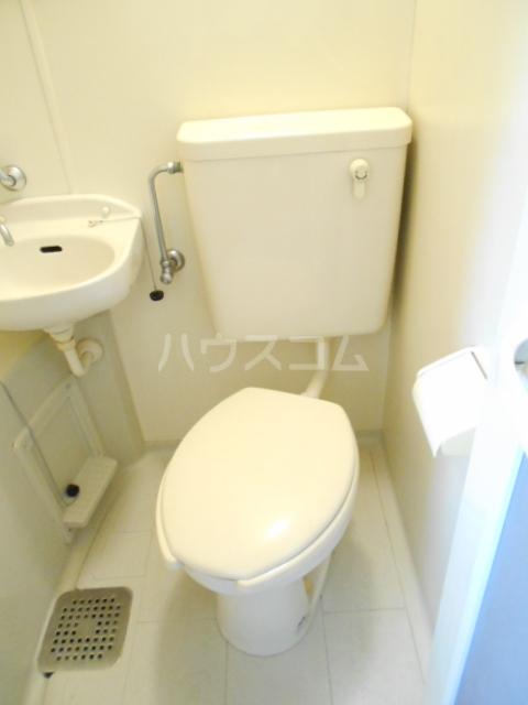 コーポエトランゼⅡ 207号室のトイレ