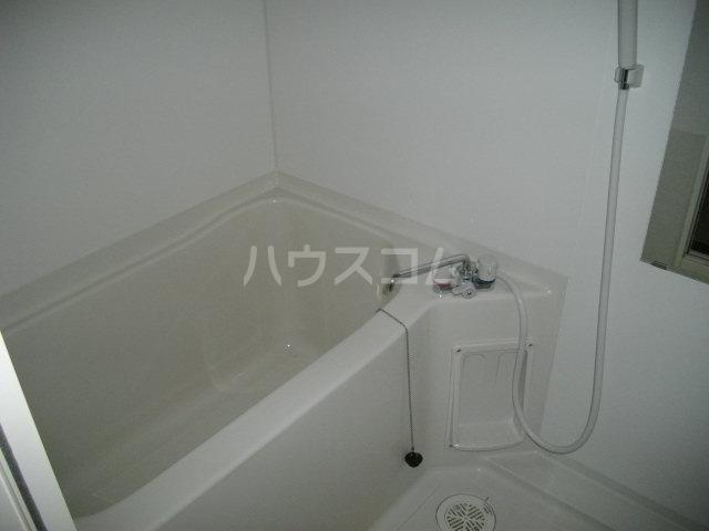 チェリーテラス 2C号室の風呂