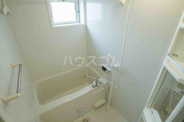 ベルフローラB 102号室の風呂