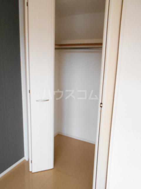 ベルフローラB 102号室の収納