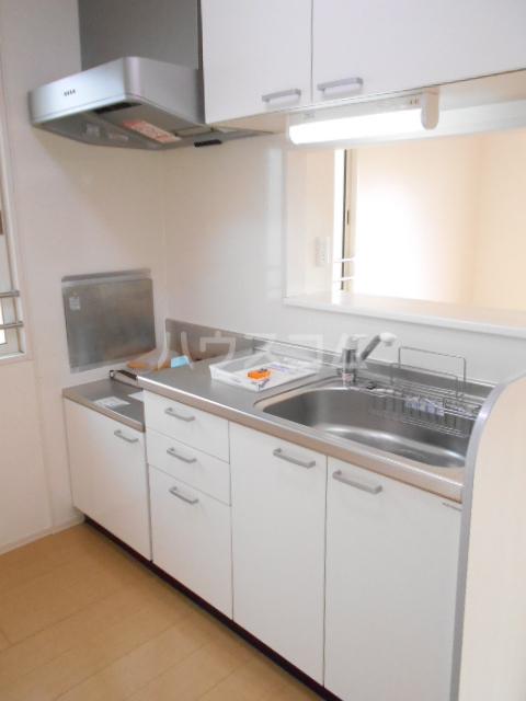 ベルフローラB 102号室のキッチン
