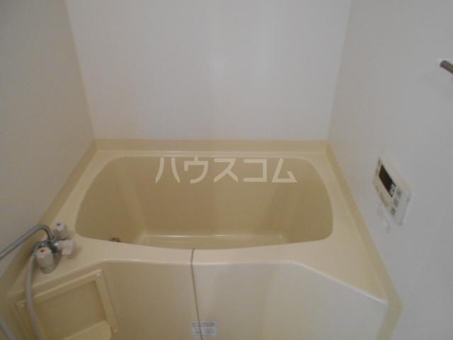 シャングリラ 305号室の風呂