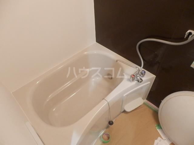 ベルメゾン矢野 205号室の風呂