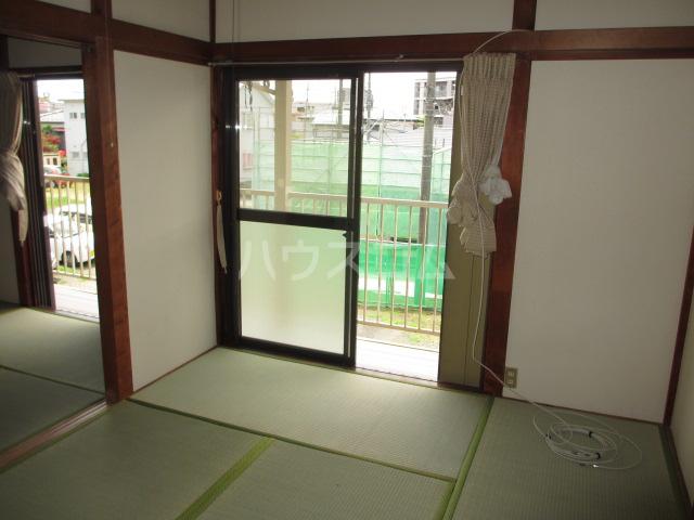 第一桐山ハイツ 203号室の居室