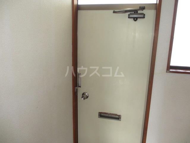 第一桐山ハイツ 203号室の玄関