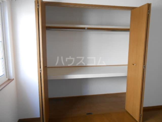 グレイスⅡ 01030号室の収納