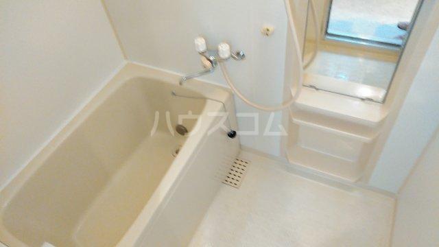 エトワール 201号室の風呂