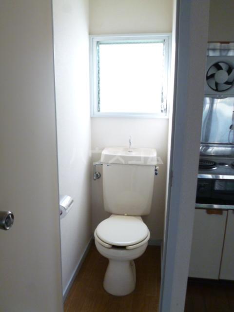 パークハイツ 208号室のトイレ