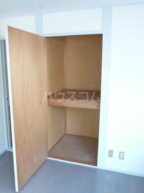 パークハイツ 208号室の収納