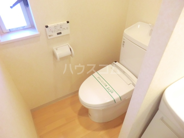 ブリックツリー 301号室のトイレ