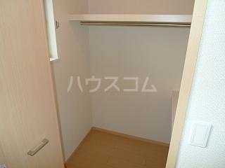 フォーシーズンⅠ 02030号室の収納