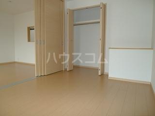 フォーシーズンⅠ 02030号室の居室