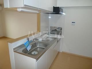 フォーシーズンⅠ 02030号室のキッチン