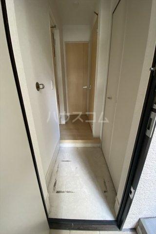 ラ・フェリオ 01030号室の玄関
