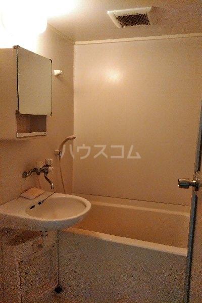 ソエズファイブ 202号室の風呂