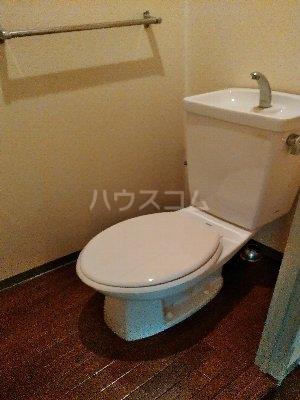 ソエズファイブ 202号室のトイレ
