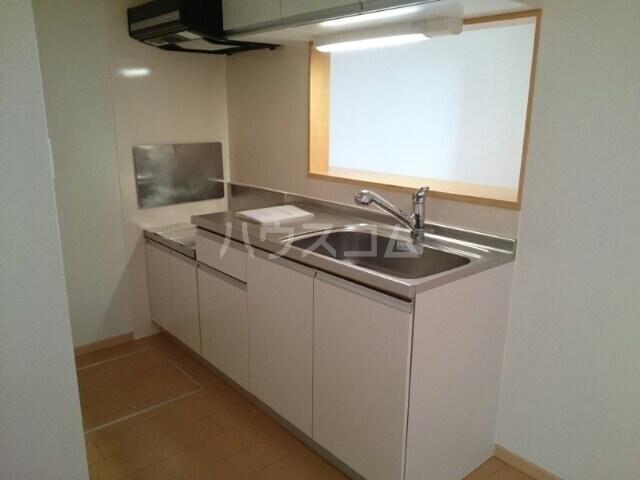 サリュー Ⅱ 01020号室のキッチン