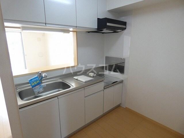 キュートレジデンスA 02020号室のキッチン