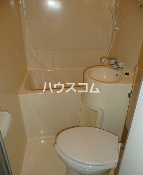 リイチ氷川台Ⅱ 105号室のトイレ
