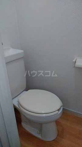 メゾン直希 1A号室のトイレ