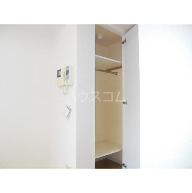 パレ・ホームズ天王洲 304号室の収納