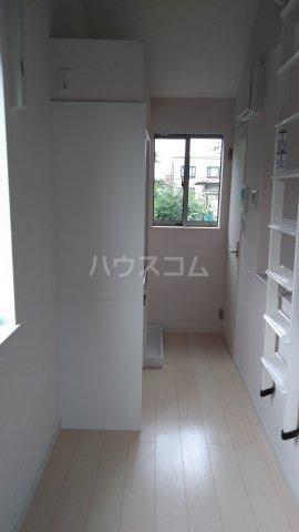 サークルハウス浮間壱番館 201号室の居室