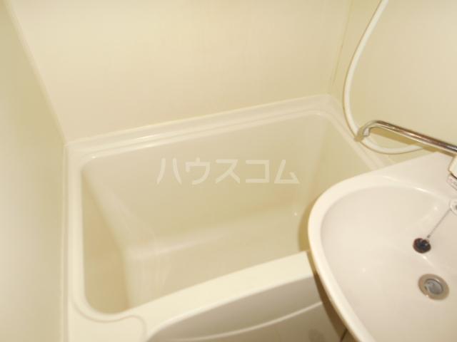 ティーアイハイム玉川 102号室の風呂