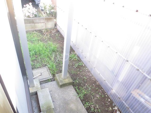 サンセリテ都 102号室の庭
