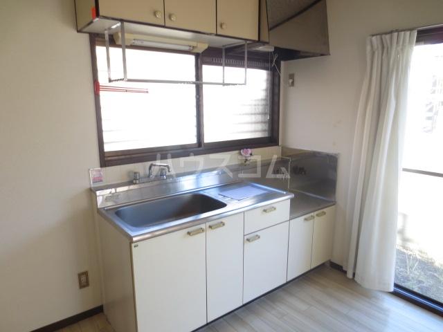 サンセリテ都 102号室のキッチン